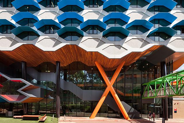 Lims-Latrobe-University-Molecular-Science-Building-By-Lyons-Architects-6